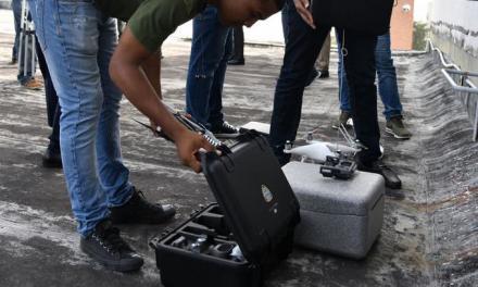 Descubren drones vigilando desde la azotea del Congreso