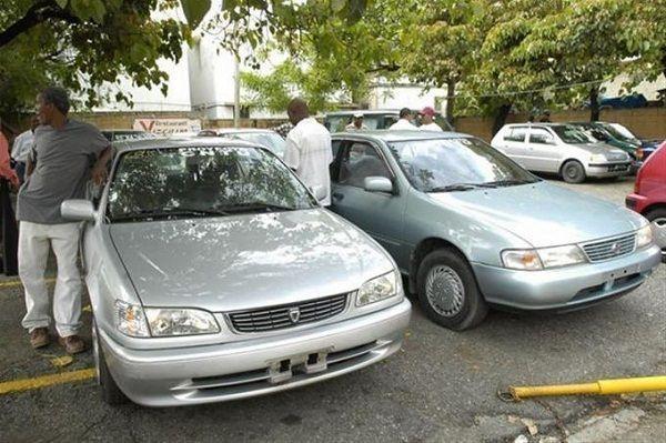 Taxistas opuestos a registro