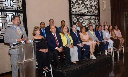 Profesionales de la salud ofrecen apoyo a Leonel Fernández