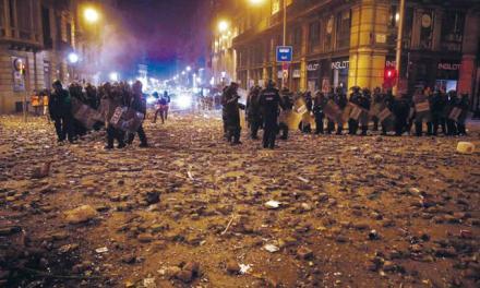 Marcha de independentistas colapsa la ciudad Barcelona
