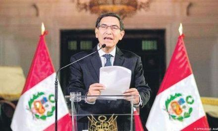 Defienden disolución Congreso de Perú