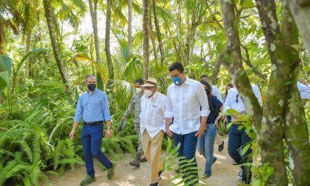 Collado explora de la mano de Cisneros proyecto Tropicalia en Miches