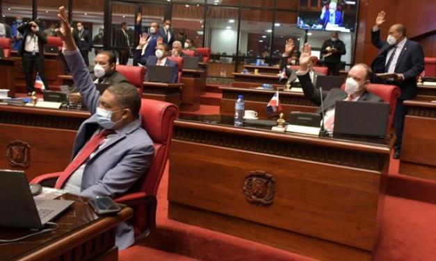 El Senado retrasa elección de nuevos miembros de la CC