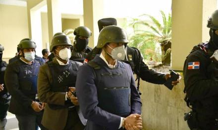 Hallan grabaciones de periodistas en poder del jefe escolta Danilo
