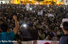 Miles de personas salen a las calles en Lima contra la candidatura de Keiko Fujimori