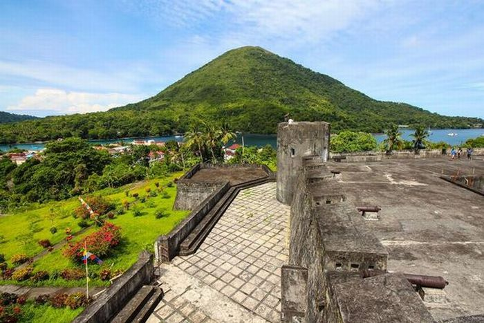 Tempat Bersejarah di Maluku yang Simpan Banyak Cerita