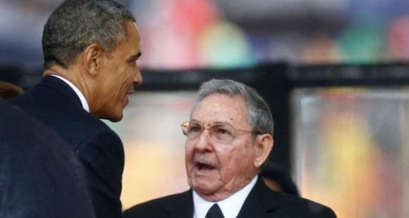 Raul_Castro-Barack_Obama-funeral_Mandela_MDSVID20131210_0074_23-600x320