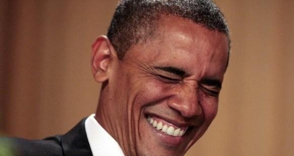 Obama-laughing-600x320