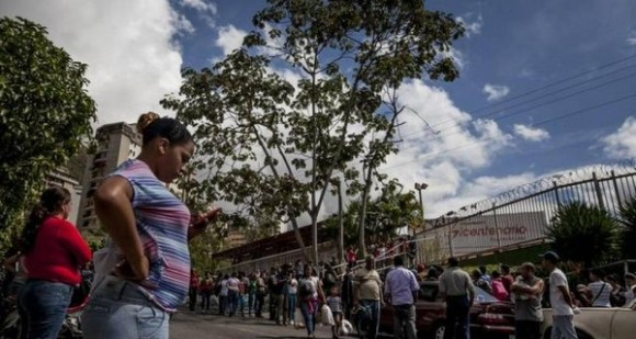 VENEZUELA-ESCASEZ-600x320