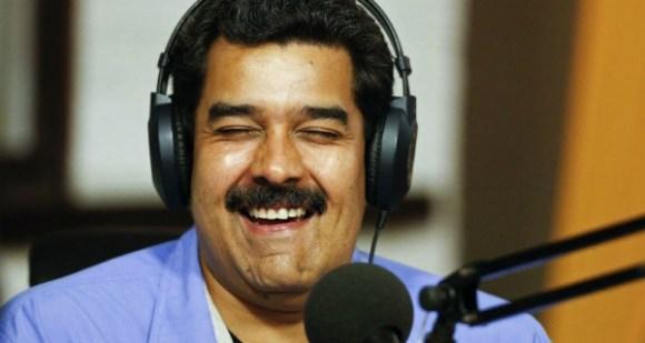 Nicolas-Maduro-en-programa-radial-2-600x320