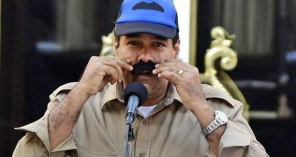 Maduro-y-la-gorra-del-bigote-600x320