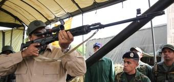 [VIDEO] Las peligrosas armas que Maduro enviará a los barrios de Venezuela