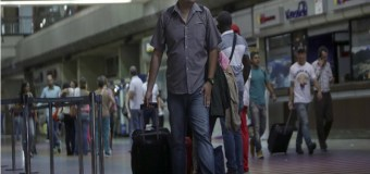 Denuncian que gobierno prohibió a aerolíneas vender boletos a dirigentes opositores