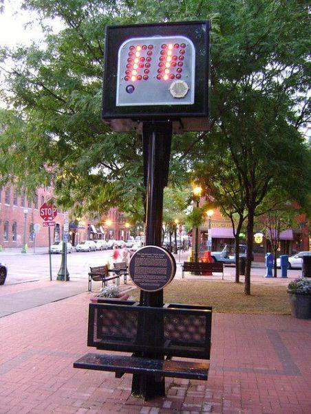 Monumento al reloj de posesión