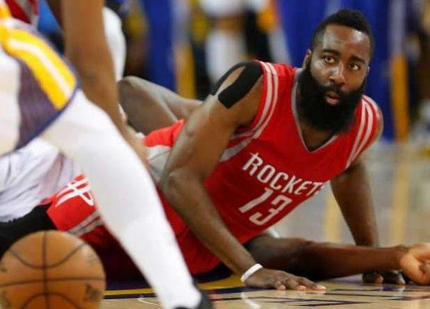 El jugador que más balones ha perdido en un partido de Playoffs de la NBA