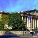 1024px-P1020446_Paris_VII_Palais_Bourbon_rwk foto Mbzt