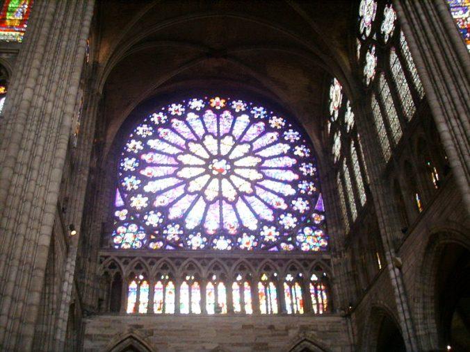 800px-Basilica_di_saint_Denis_vetrata_02 - Photo Sailko