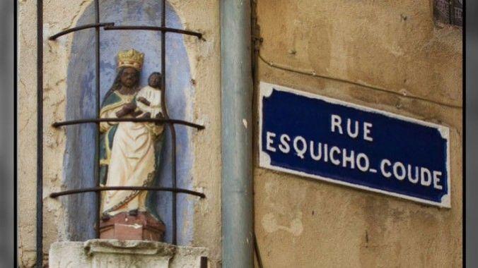 1-vierge-noire-la-plus-vieille-daix-en-provence-1663-angle-rue-campra-rue-esquicho-coude-678x381