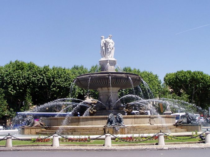 fontaine-de-la-rotonde-aix-en-provence-photo-rainbow0413