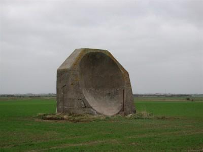 Probablemente construido en 1916 y utilizado en la Primera Guerra Mundial en Kilnsea, Yorkshire del Este (GB)   Paul Glazzard @ geograph