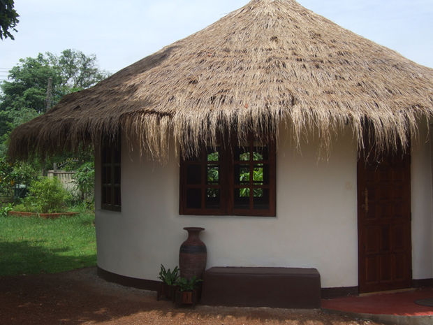 Picture of How to Build an Earthbag Roundhouse