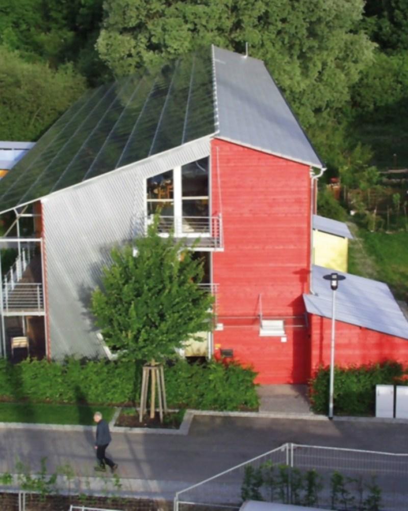 Plusenergiehaus_Westseite