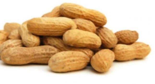 Los maníes aportan iguales beneficios a la salud que los frutos secos más caros
