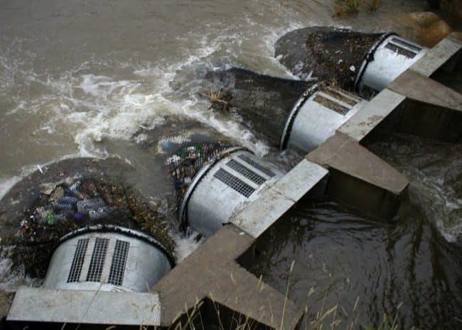 Australia encontró la manera de salvar el agua de la contaminación plástica y podemos comenzar a hacer lo mismo
