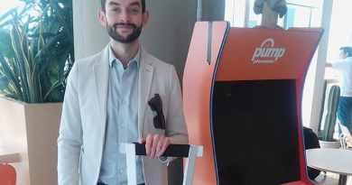 Mexicano crea muletas de cartón baratas y que soportan hasta 150 kilos