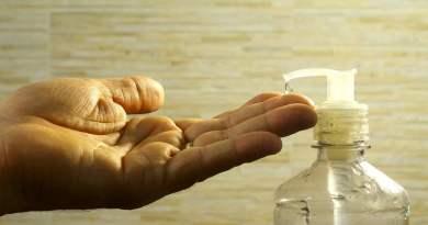, ¿Cómo preparar gel desinfectante casero con Aloe Vera y alcohol?