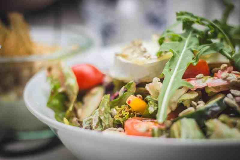 Diente de León, la hierba venerada por la ciencia + Recetas