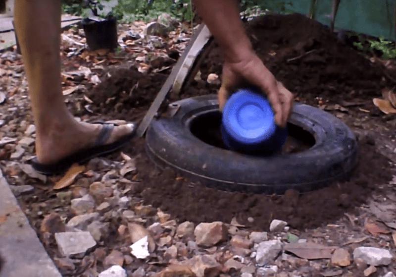 , El Método más simple de compostaje: El Pozo con Tapa