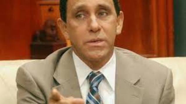 CONADEHU inscribe en la cámara de diputados al Dr. Cruz Jiminián para desempeñar la función de  defensor del pueblo, durante el perìodo 2019-2025.