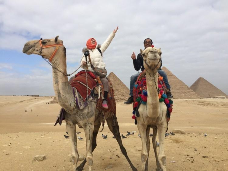 駱駝騎乗が素晴らしかったことを示す