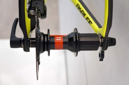 parlee-altum-disc-brake-road-bike02-600x399