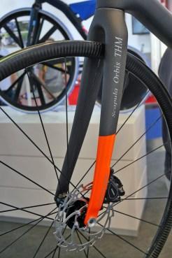 THM_Scapula-Orbis_prototype-road-disc-fork_12mm-thru-axle_flat-mount-dsic-brake