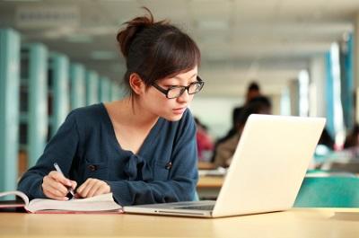 Áp dụng cách học tiếng Anh trên mạng sẽ giúp bạn đạt hiệu quả cao hơn đến 80%