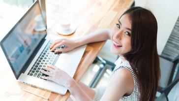 Ưu nhược điểm của lớp học tiếng Anh online và lớp học tiếng anh offline