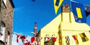 Eli in England - Festival du 1er mai dans les Cornouailles, Angleterre - Crédits : English Language Immersion