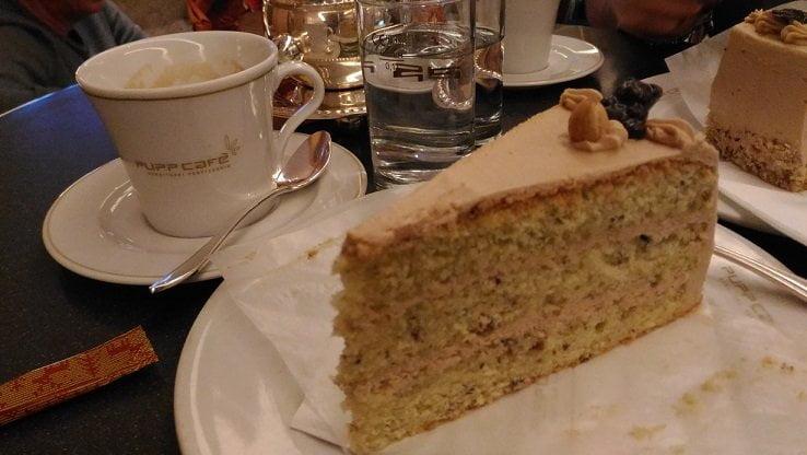 Torta_Pupp_Cafe