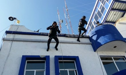 Policías de San Francisco reciben formación táctica
