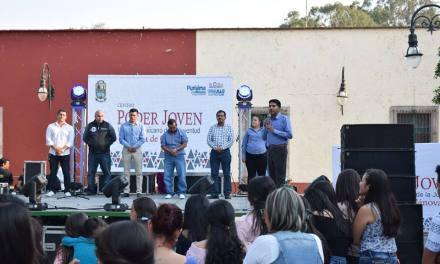 Festejan a estudiantes en Purísima