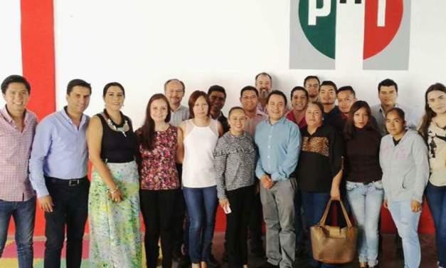 Eligen priístas del Rincón a delegados