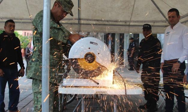 Ejército canjea armas por electrónicos en Manuel Doblado