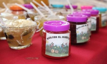 Aprenden a crear dulces en Manuel Doblado