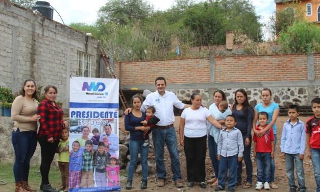 Entregan apoyo alimentario en Manuel Doblado