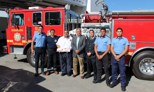 Donan nuevo camión a bomberos de Purísima