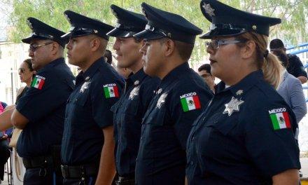 Se gradúan 5 nuevos policías para San Francisco del Rincón