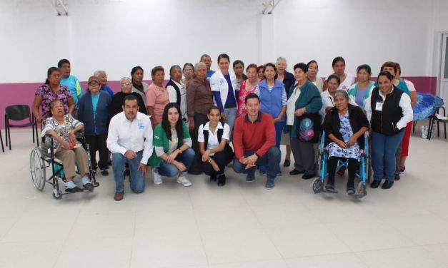 Participan adultos mayores en actividades de prevención de la Diabetes
