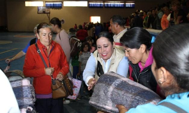 DIF Purísima entrega 900 cobijas